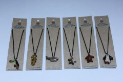 WOODEN NECKLACE ASSORMENTS